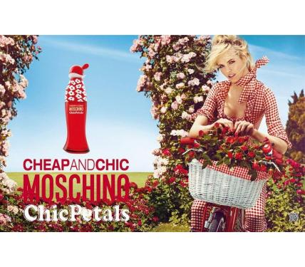 Moschino Cheap & Chic Petals парфюм за жени EDT